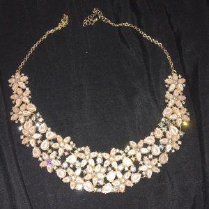 🌸light pink floral necklace!🌺
